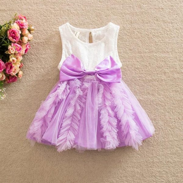 Lilla baby kjole