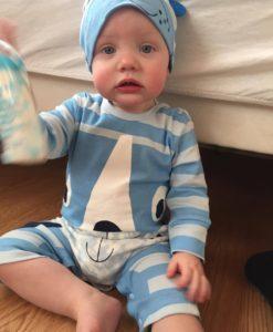 076052c1000 Lilla baby kjole af høj kvalitet - Køb den her med fri fragt og ...